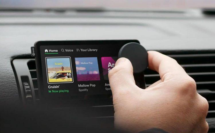 (Phonandroid.com)Car Thing  Spotify sort un écran tactile pour ajouter un lecteur de musique dans votre vieille voiture