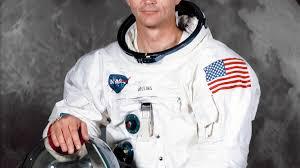 (rfi.fr)Mort de l'astronaute américain de la mission Apollo 11 Michael Collins.
