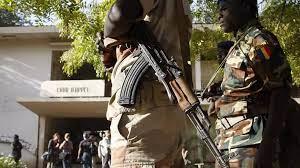 (rfi.fr)Tchad: des centaines de personnes sont auditionnées après les arrestations.