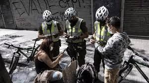 (rfi.fr)Covid-19: Santiago, la capitale du Chili, entame son déconfinement.