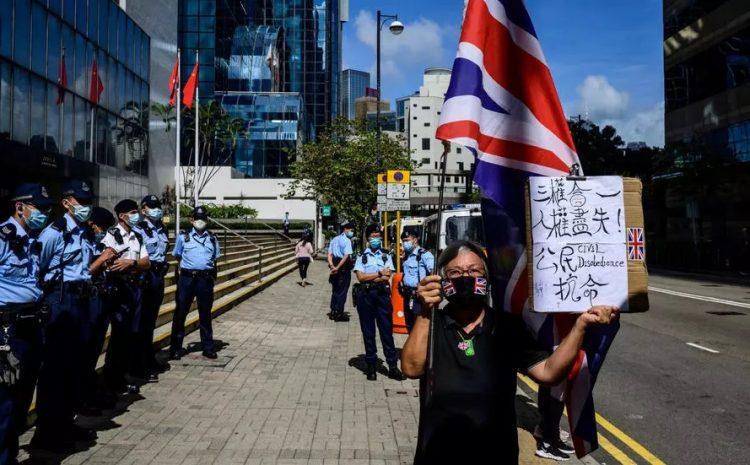 (rfi)Tiananmen: la militante «Mamie Wong» arrêtée à Hong Kong pour avoir manifesté seule