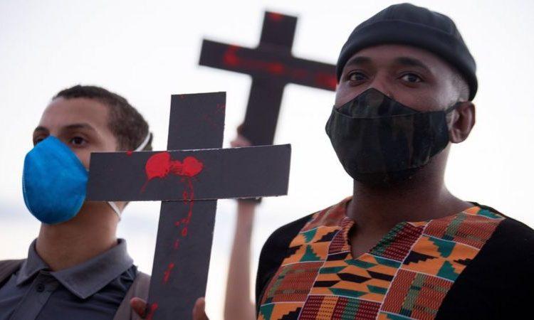 (BBC)Des Afro-Brésiliens manifestent contre le racisme et les violences policières