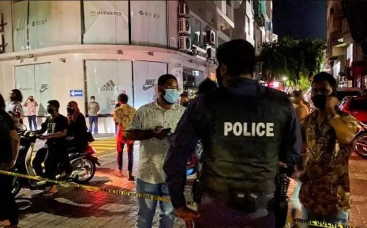 (rfi.fr) Maldives: l'ex-président Mohamed Nasheed, victime d'un attentat, dans un «état critique»
