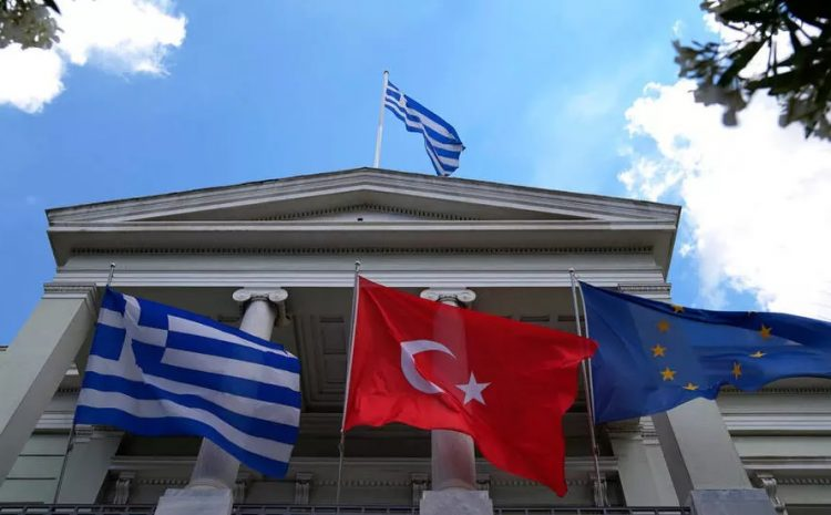 (rfi)À Athènes, les ministres turcs et grecs des Affaires étrangères tentent de désamorcer les tensions