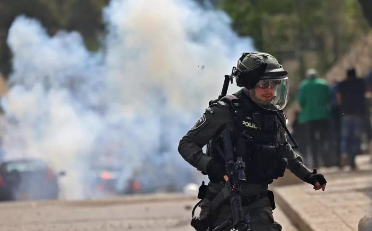 (RFI)Jérusalem: les heurts se poursuivent sur l'esplanade des Mosquées