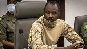 (rfi.fr)Mali: que peut désormais faire Assimi Goïta, le chef de la junte militaire?