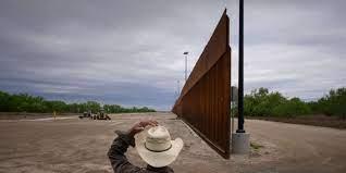 (monde.fr)Etats-Unis : le Pentagone récupère les fonds que Trump lui avait pris pour construire un mur à la frontière avec le Mexique.