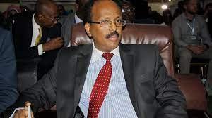 (rfi.fr)Somalie: le président Farmajo renonce à l'extension de son mandat.