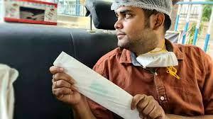 (rfi.fr)Inde: il brise le tabou des règles avec des distributeurs de serviettes hygiéniques.