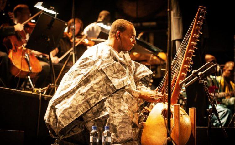 (RFI)Toumani Diabaté partage son rêve symphonique