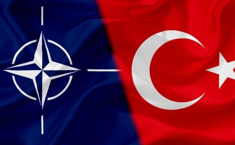 (observateurcontinental)L'Otan n'exclut pas la Turquie craignant son rapprochement avec la Russie