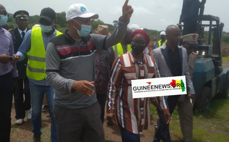 (Guineenews.org)Labé : La ministre de l'Energie visite les installations du poste de l'OMVG