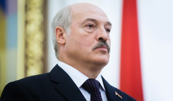 (Reseauinternational)Reconnaissance de facto de la RPD et de la RPL par Loukachenko et vols vers la Crimée – L'Ukraine pique une crise d'hystérie