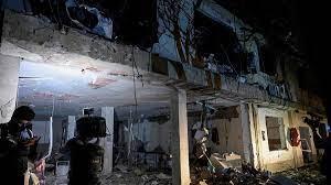 (rfi.fr)Colombie: une trentaine de blessés dans une attaque contre une base militaire.