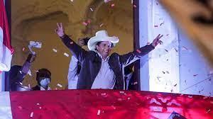 (rfi.fr)Présidentielle au Pérou: Pedro Castillo attend l'officialisation de sa victoire.