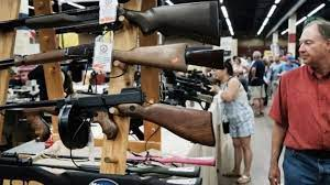 (rfi.fr)États-Unis: au Texas, on peut porter une arme à feu en public et sans permis.