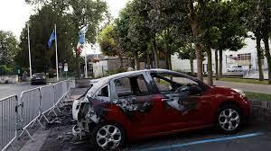 (rfi.fr)France: procès des violences urbaines ayant suivi la mort d'Adama Traoré.
