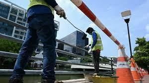 (rfi.fr)Singapour: les travailleurs migrants face à la violence et privés de liberté par le Covid-19.