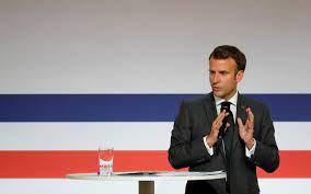 (rfi.fr)Santé: Macron annonce un plan de plusieurs milliards d'euros pour la recherche et l'innovation.