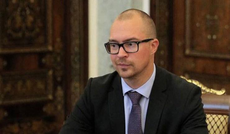 (Reseauinternational)Le Consul estonien interpellé en flagrant délit d'espionnage à Saint-Pétersbourg