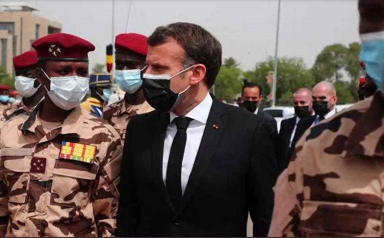 (rfi.fr)Le Tchad satisfait de l'accueil réservé à Mahamat Idriss Déby par le président français Macron