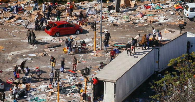 (rfi.fr)Afrique du Sud: les pillages se poursuivent sur fond de crise sanitaire et économique