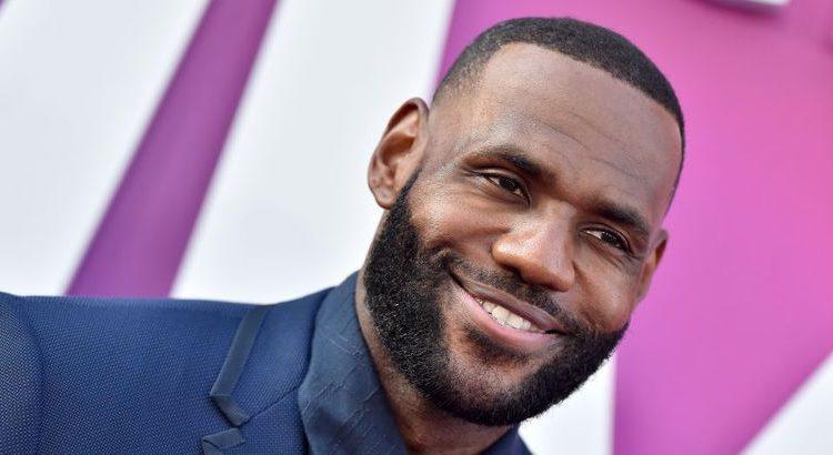 (le moov)LeBron James rejoindra bientôt le cercle des sportifs milliardaires