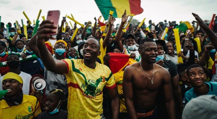(le moov)Mantes-la-Jolie : le Mali remporte la Can des quartiers dans une ambiance de folie