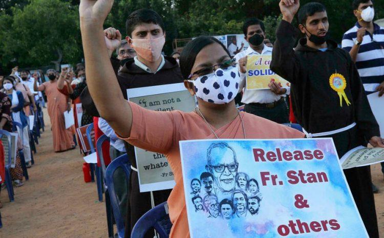 (rfi)Inde: accusé de terrorisme, le père Stan Swamy est mort en prison