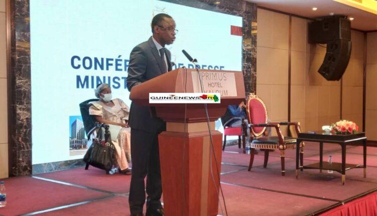 (guineenews)Loi sur le sport et les activités physiques :  le ministre Bantama SOW décline les grands axes