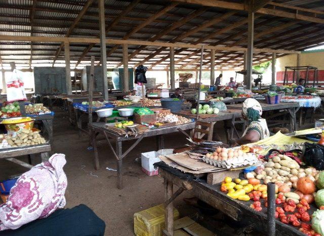 (Guineenews.org)Cherté de la vie :  Face à la colère des populations, les commerçants  accusent les autorités…