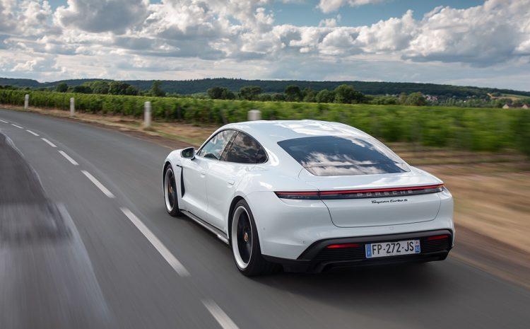 (phonandroid.com)Porsche rappelle 10 000 Taycan à cause d'un sérieux bug, un crash peut arriver à tout moment
