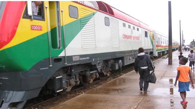 (Guineenews.org)Dossier – Transport urbain : la problématique se pose avec acuité en Guinée