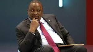 (rfi.fr)Kenya: polémique après une cérémonie présidentielle en plein couvre-feu.