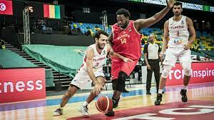 (rfi.fr)Afrobasket 2021: la Tunisie et le Rwanda assurent, le Cap-Vert douche l'Angola.