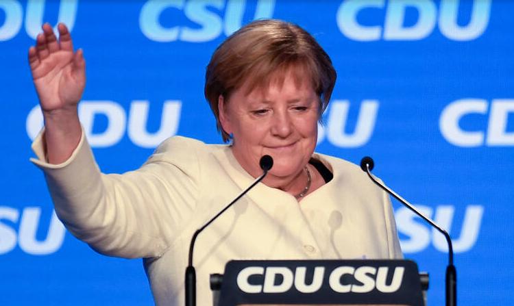 (rfi.fr)À la Une: l'Allemagne post-Merkel et l'UE entrent dans une période d'incertitude