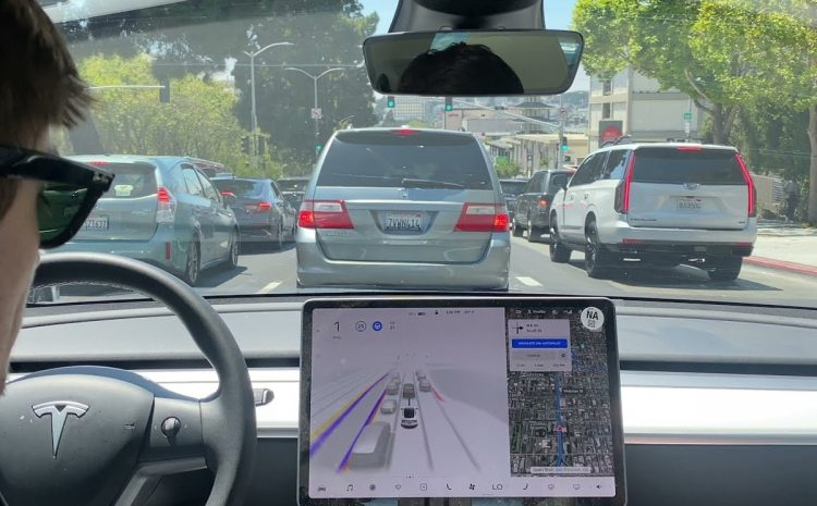 (phonandroid.com)Tesla : la prochaine puce HW4.0 pour l'Autopilot sera produite par Samsung