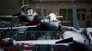 (rfi.fr)La Grèce va acheter 6 avions Rafale supplémentaires à la France.