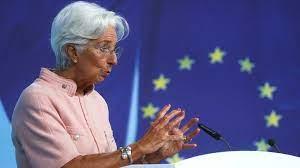 (rfi.fr)La BCE va réduire ses achats sur les marchés.