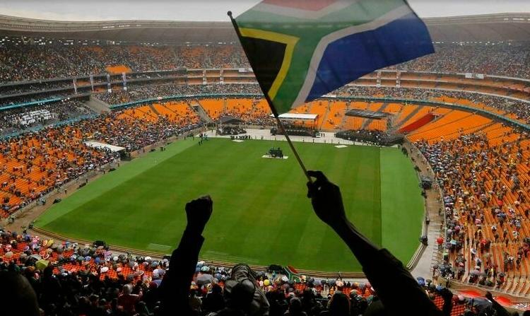 (rfi.fr)Afrique du Sud: le plus grand stade du continent a rouvert ses portes au public